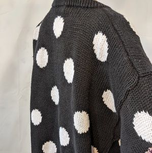 Vintage Sweaters - Vintage black & white polka dot heavy knit sweater